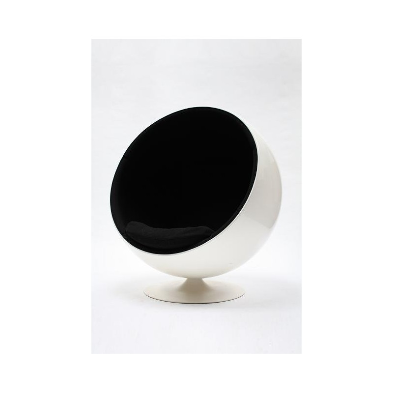 Adelta Ball Chair by Eero Aarnio