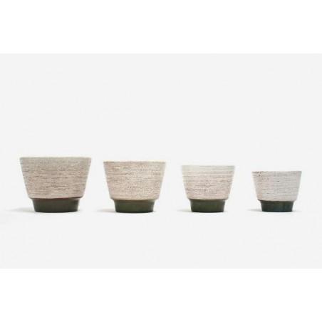 ADCO set of 4 flowerpots