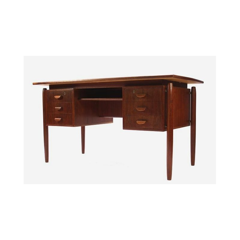 Scandinavian desk in teak