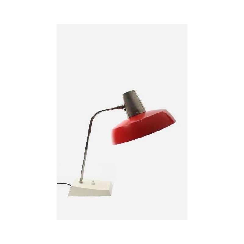 Desk lamp with red shade