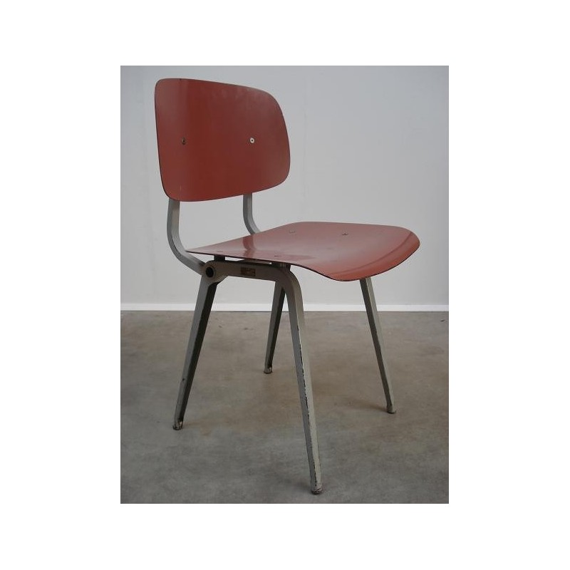 Friso Kramer first edition Revolt chair