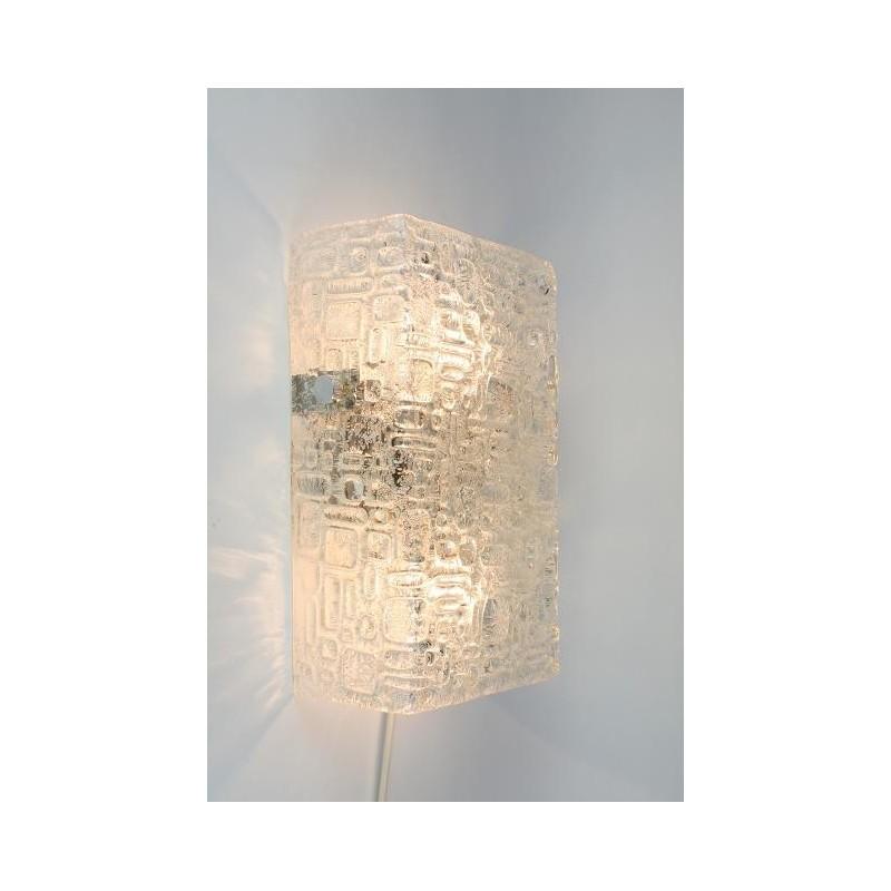 Glass block wall lamp
