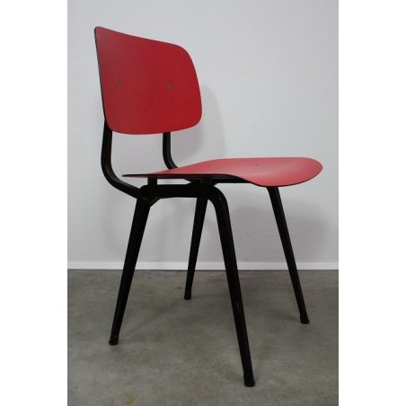 Friso Kramer Revolt chair red/black