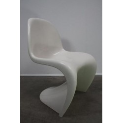 Verner Panton S chair white