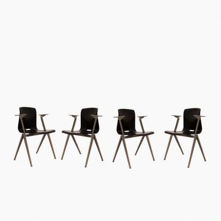 Set of 4 industrial Thur-op-seat chairs