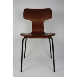 Arne Jacobsen Grand Prix chair 3130