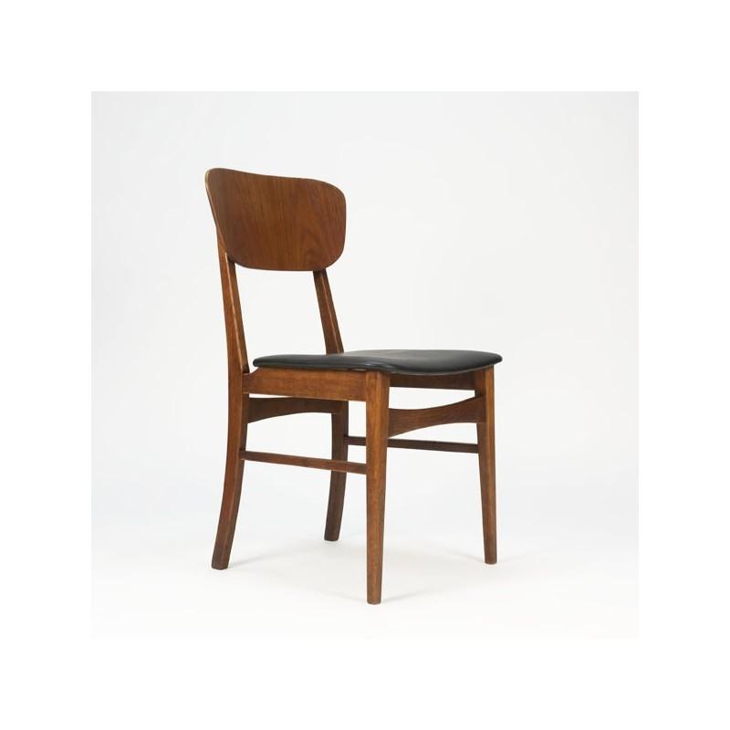 Chair of teak